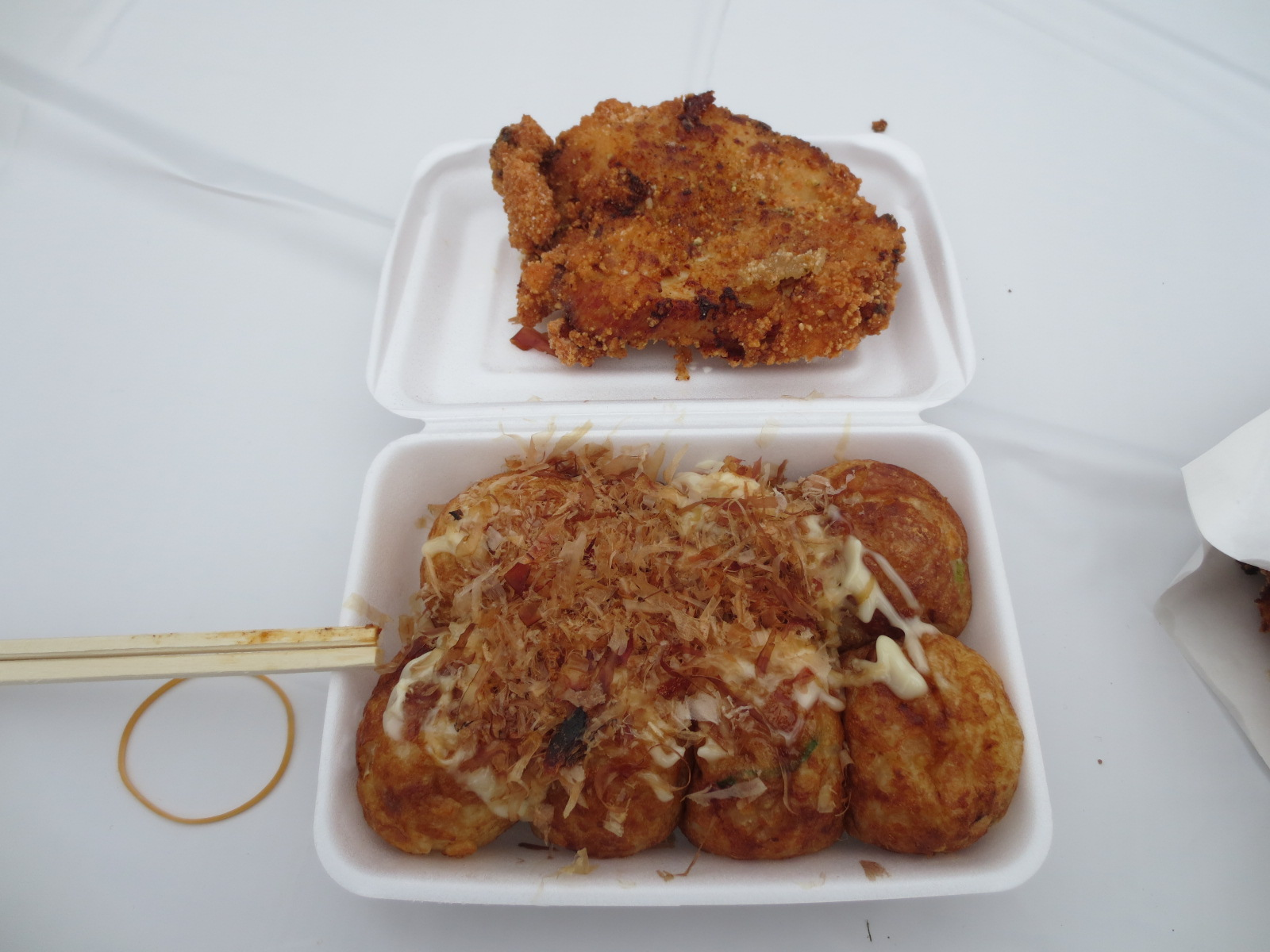 道頓堀リバーフェスティバル:たこ焼と鶏排